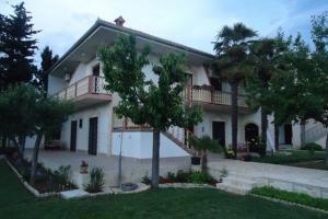Apartments Petra Zora III