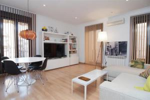 Friendly Rentals Paseo Del Prado