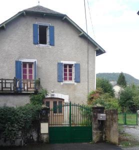 Maison Louvie