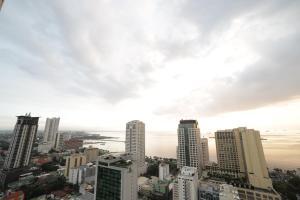 Tambayan Capsule Hostel & Bar, Хостелы  Манила - big - 30