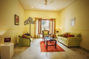 Anara Villa Service Apartments - Sainik Farm, Апартаменты  Нью-Дели - big - 28