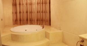 Foshan Guangfumeng Bontique Hotel, Отели  Фошань - big - 7