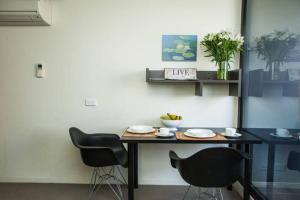 Franklin Apartment - Melbourne CBD, Victoria, Australia