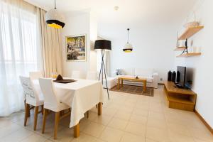 Emerald DH Property, Апартаменты  Равда - big - 12