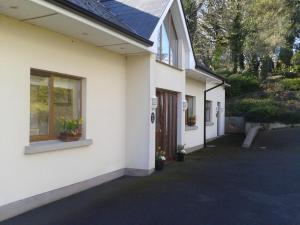 Inishclare Cottages