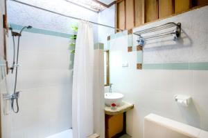 Komodo Lodge, Privatzimmer  Labuan Bajo - big - 7