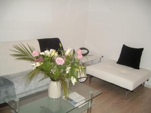 Bulhotel Pritzker Apartment, Apartmány  Sofia - big - 28