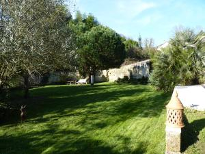 Mascarisle, Bed & Breakfasts  Libourne - big - 34
