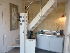 Mascarisle, Bed & Breakfasts  Libourne - big - 7