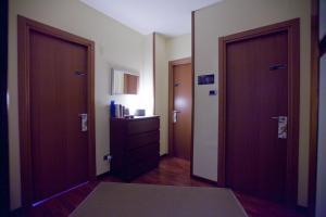 B&B Rooms Rent Vesuvio, Bed and breakfasts  Naples - big - 68