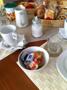 B&B Rooms Rent Vesuvio, Bed and breakfasts  Naples - big - 64