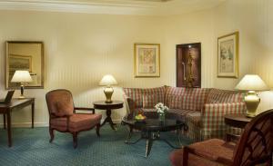 Diwan Suite