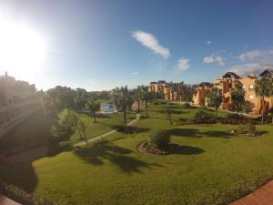 Casares Del Sol 30, Appartamenti  Estepona - big - 28