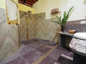 The Secret Garden Goa, Проживание в семье  Saligao - big - 3
