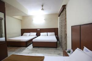 Hotel Kadamba Comforts