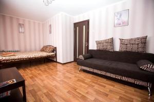 Apartment Oktyabrskoy Revolyutsii, Apartmány  Sevastopoľ - big - 5