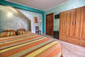 B&B Casa Marina, Отели типа «постель и завтрак»  Санто-Стефано-ди-Камастра - big - 19