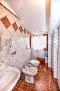 B&B Casa Marina, Отели типа «постель и завтрак»  Санто-Стефано-ди-Камастра - big - 22