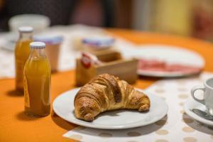 B&B Casa Marina, Bed and breakfasts  Santo Stefano di Camastra - big - 12