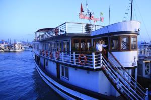 Bien Ngoc 10 Cruise