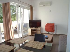 Apartments Vinko, Apartmány  Tribunj - big - 13