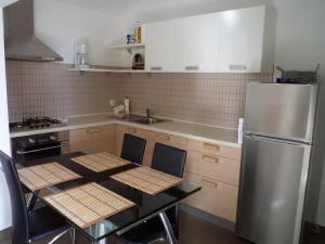Apartments Vinko, Apartmány  Tribunj - big - 7