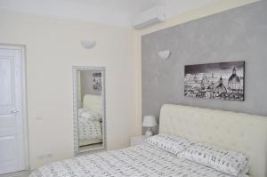 Romance Apartment
