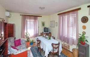 Apartment Kastel Sucurac GH-1957
