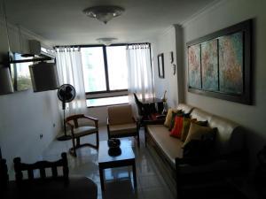 Apartamento 1102 en El Laguito