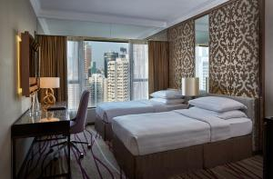 Interconnecting Grand Deluxe Double or Twin Room with Causeway Bay City View and Free Wi-Fi