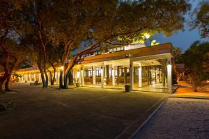 Тринкомали - Nilaveli Beach Hotel