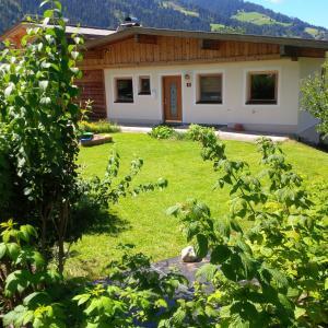 Sonnhangweg, Holiday homes  Niederau - big - 1