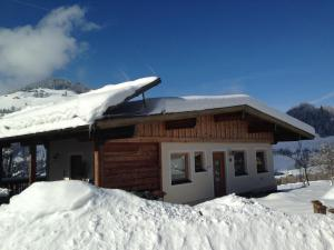 Sonnhangweg, Holiday homes  Niederau - big - 11