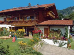Ferienwohnung Kaiserfeld - Apartment - Reit im Winkl