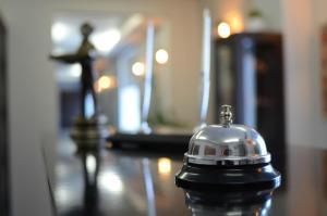 Отель October Riverside Inn - фото 18