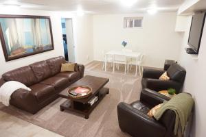 2 Bedroom Suite in Ideal Location