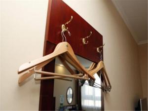 GreenTree Inn Hebei Qinhuangdao Peace Avenue Express Hotel, Hotels  Qinhuangdao - big - 9