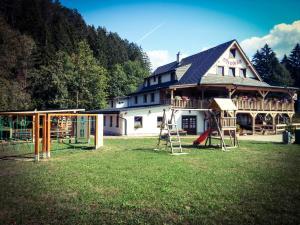 Penzión Mlynárka, Guest houses  Rajecké Teplice - big - 44