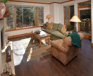 Pinecone Lodge by Exclusive Vail Rentals, Apartmány  Beaver Creek - big - 12
