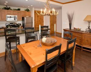 Pinecone Lodge by Exclusive Vail Rentals, Apartmány  Beaver Creek - big - 8
