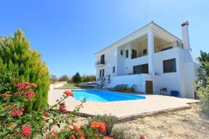 Phaedra & Orestis Villas
