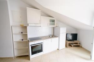 Apartments Deak, Apartmány  Janjina - big - 117
