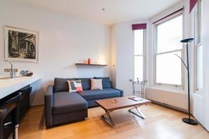 Warwick Road Apartment