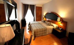 Hotel Don Jaime 54, Hotels  Zaragoza - big - 40