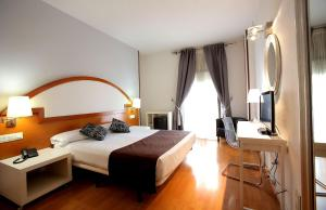 Hotel Don Jaime 54, Hotels  Zaragoza - big - 8