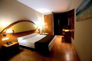 Hotel Don Jaime 54, Hotels  Zaragoza - big - 9