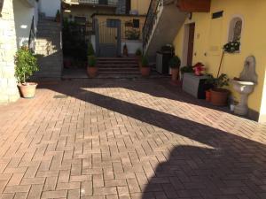 Casanelborgo, Appartamenti  Marone - big - 20