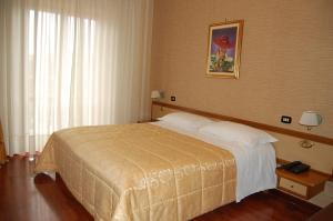 Hotel Ristorante Donato, Hotely  Calvizzano - big - 10