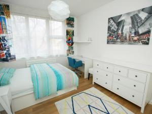 White Apartment Masna