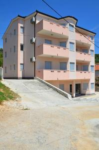 Apartments Gucanin